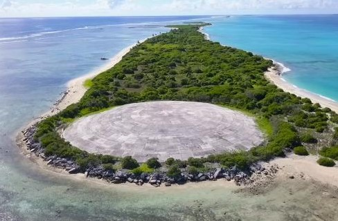 Marshall Islands: concrete dome with America's nuclear waste starts leaking